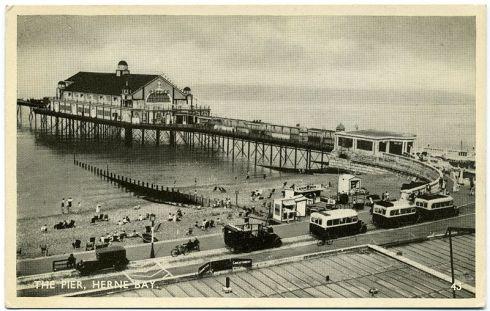 800px-3rd_Herne_Bay_Pier_1932-39_015