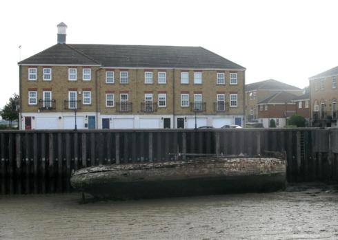 Abandoned boat Greenhithe
